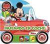 PASEANDO EN COCHE CON MICKEY