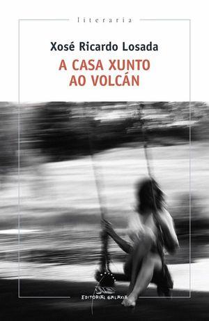 A CASA XUNTO AO VOLCÁN